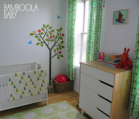 Gender neutral nursery (decal, green)